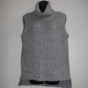 Theory Beylor T.Caresse Mohair Turtleneck Sweater